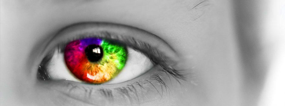eye-1365333_1920 rechts